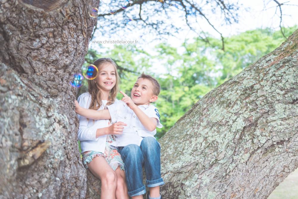 Séance en famille dans les arbres | Lise & Louis