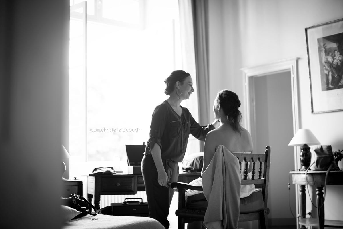 Mariage au château des Varennes près de Toulouse, le maquillage de la mariée