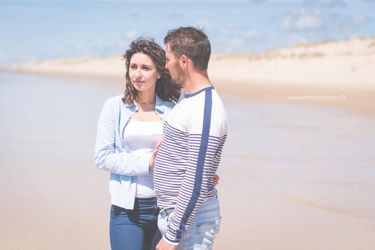 Séance photo en amoureux sur les plages de Lacanau