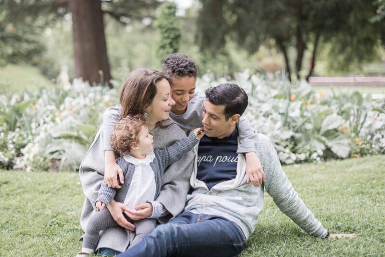 Séance photo de famille recomposée à Toulouse