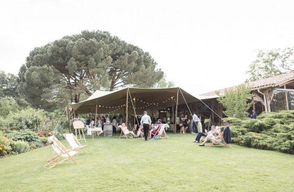 Se marier dans une grange : les Jardins de Coursiana, la tente berbère