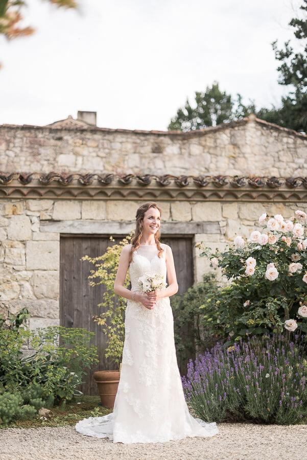 Se marier dans une grange : les Jardins de Coursiana, la robe de la mariée