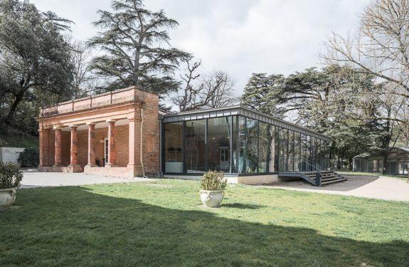 Se marier à Toulouse : la salle de réception du Domaine de Montjoie et sa verrière