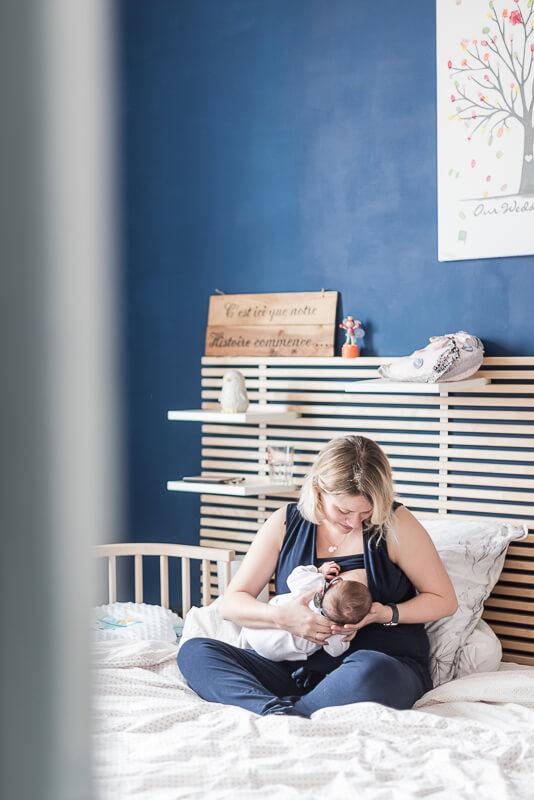 Photographe de bébé et d'allaitement à Toulouse