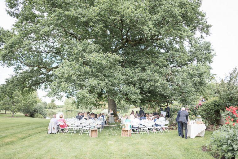 Comment créer une cérémonie de mariage bilingue?