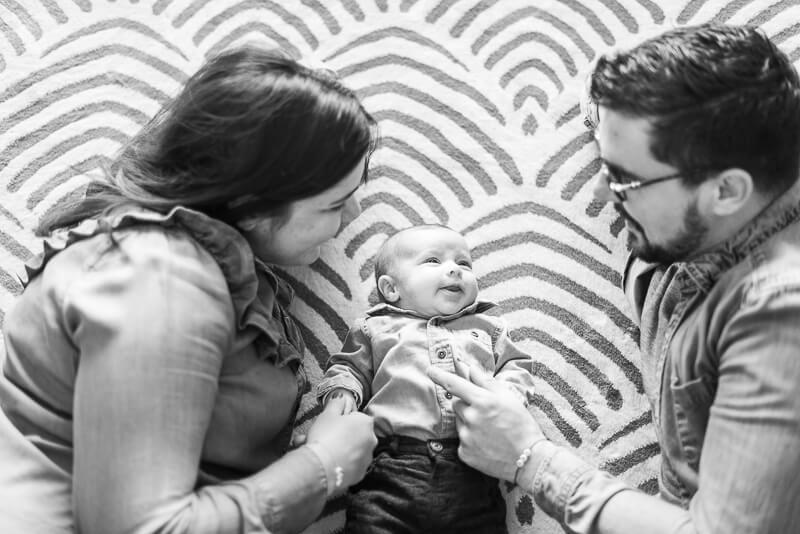 Séance photo de naissance lifestyle à Toulouse