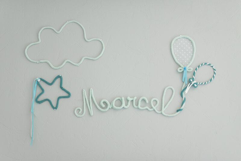 Décoration murale de chambre de bébé garçon - prénom en tricotin
