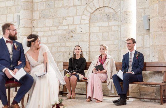 Photo de cérémonie à l'église lors d'un mariage près d'Agen