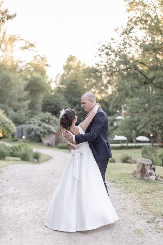 Photo de mariage aux Gorges de l'Aveyron près de Montauban
