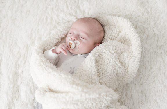 Photo de bébé naturelle à Toulouse