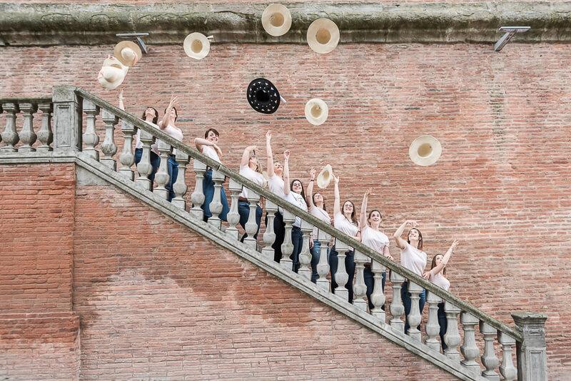 Séance photo fun et dynamique pour un EVJF à Toulouse