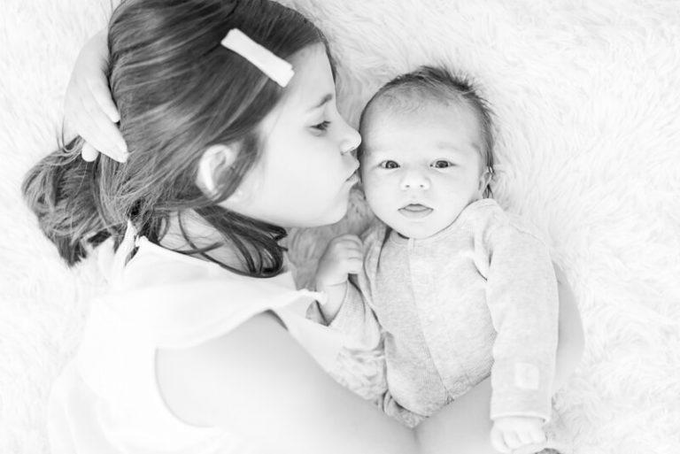 Séance photo de nouveau-né à domicile à Toulouse