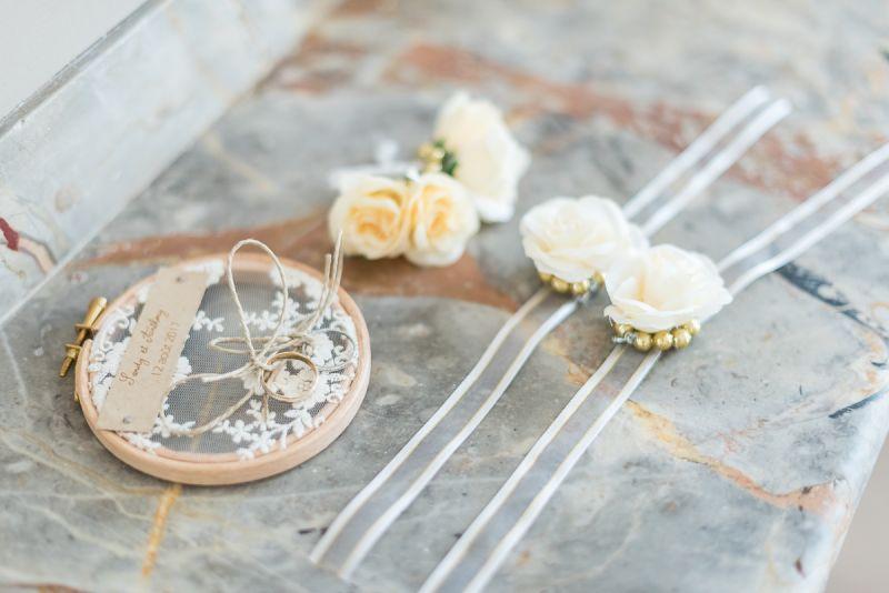 Photographe de mariage à Toulouse au Manoir du Prince Christelle Lacour Photographe, les détails des préparatifs