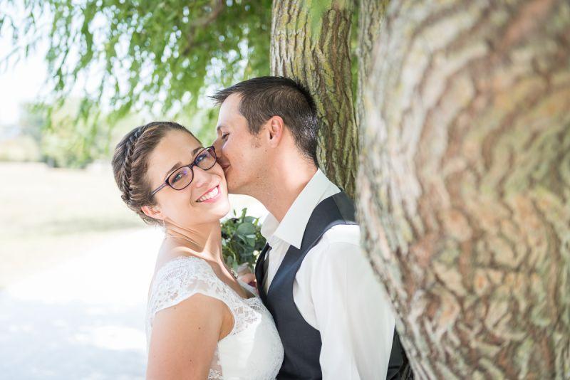Photo de mariés complices à Toulouse - Christelle Lacour Photographe